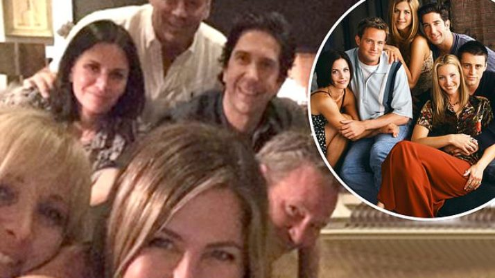 'Friends reunited!' Jennifer Aniston, 50, signs up with social networks|Daily Mail Online