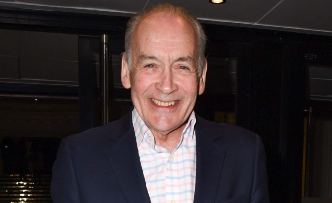 Alastair Stewart stops ITV News after making 'errors of judgment' on social media|Home entertainment Daily